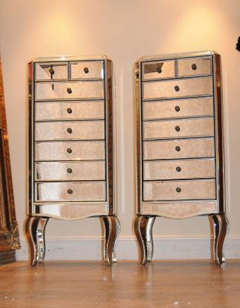 Paire en miroir Commodes Commode Tall Boy