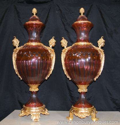 Paire française Empire Cut verre doré au mercure Vases Urnes