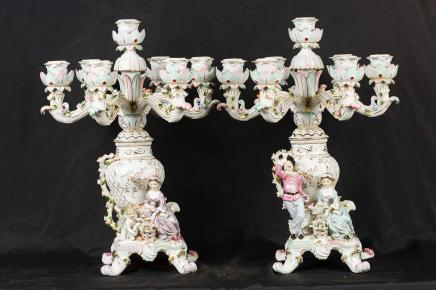 Paire française porcelaine de Sèvres Chandeliers Bougies Chérubin