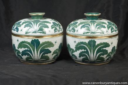 Paire porcelaine chinoise Ming Vert Blanc à couvercle Pots Urnes