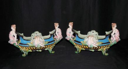 Plats paire majolique Poterie Maiden Chérubin Planters Vases Urnes
