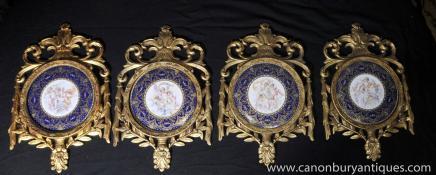 Réglez Quatre cadre français porcelaine de Sèvres Chérubin plaques en bois doré