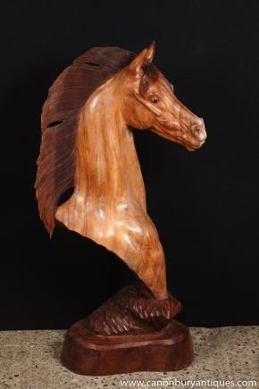 Sculpté à la main Sculpture Cheval italien de poitrine Poney