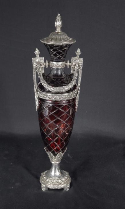 Seul français Cut Glass & métal argenté Urne classique