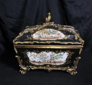 Allemande de Dresde Porcelaine Coffret à bijoux Coffret Case Ormolu oiseaux