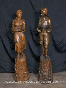 Pair Antique italienne Noyer figures sculptées Stands 1890