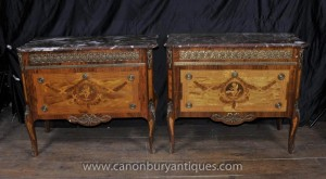 Paire Empire anciennes coffres Commodes Chérubin Inlay