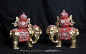 Paire chinoise Porcelaine Famille Rose éléphants Elephant Statue