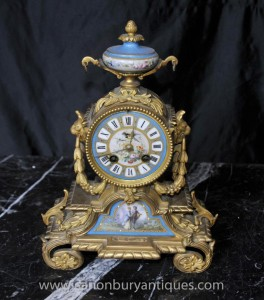 Antique Sèvres et bronze doré Mantel Clock Horloges 1890
