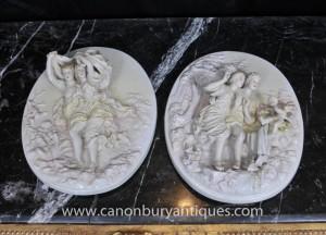 Assiettes porcelaine de Sèvres Paire Chérubin Relief Plaques Murales Ange