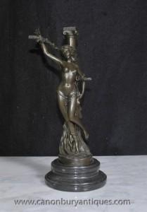 La fonte de bronze français héroïne Jeanne d'Arc semi Nu