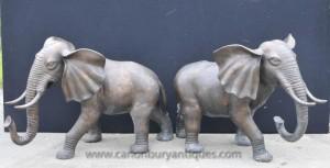 Paire Grande Coulée de bronze éléphants Elephant Statue Animaux Dumbo