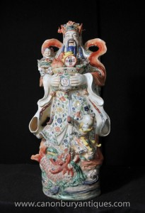 Porcelaine chinoise Wucai bouddhiste Figurine Homme Statue bouddhisme bouddhiste
