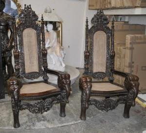 Seigneur Raffles gothique fauteuils Arms éléphant sculpté Trône président Main