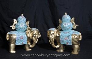 Statues paire chinoise Porcelaine Elephant Floral Famille Rose Céramique