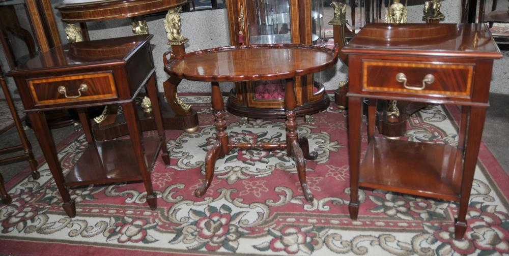 Tables Pair Regency Acajou secondaires chevet chevet coffres de table