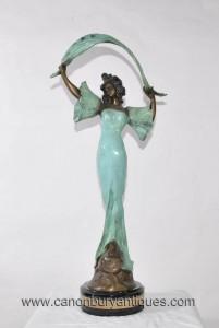 Art Nouveau Bronze Stella Femme Figurine Statue Draperie Signé