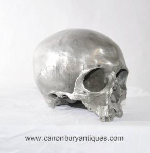 La fonte de bronze Crâne gothique Human Art Hamlet Argent Patina Vanitas