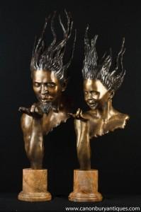 Paire Bronze Bustes Signé J-Prince Art Nouveau Hommes Femmes Chefs