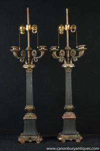 Paire Empire français Colonne Lampes Chandeliers Bougies Ormolu Table lumineuse