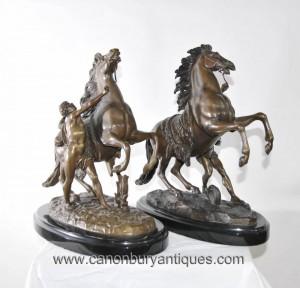 Paire français Bronze Marly Cheval Homme Statue Figurine par Guillaume Coustou
