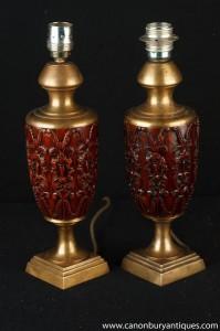 Paire française sculpté Ormolu Amphora lampes de table Lumières