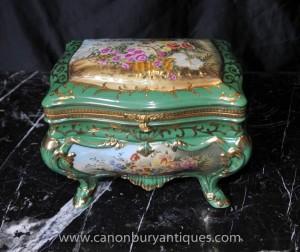 Porcelaine de Sèvres Boîte à bijoux Bijou floral Casket