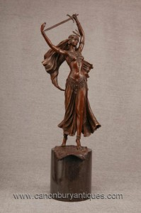 Français Bronze Femme Épée Swallower Exotique Dancer Figurine