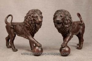 Pair italienne Medici Bronze Lions Lion Statue Gatekeeper