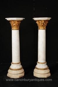 Paire Empire français marbre colonne corinthienne Stands guéridons