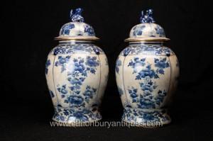 Paire chinoise de Nankin bleu et blanc en porcelaine à couvercle Urnes Ginger Jars