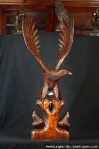 Grand sculpté à la main en bois American Eagle Chicks manutention