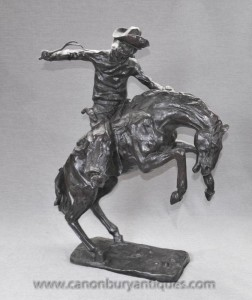 Grand Bronze Cheval et Cowboy Bronco Buster par Remington