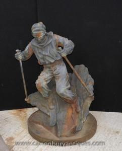 Moulage français Fer Lifesize Sculpture Statue de ski skieur alpin
