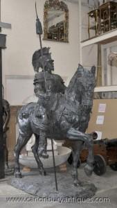 Lifesize gladiateur romain à cheval Statue Sculpture Art architectural