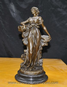 Classique italienne Bronze Maiden Statue Signé Preif Toga Figurine