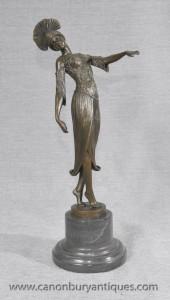 Elégant Art Deco Bronze aileron En DH Chiparus Statue