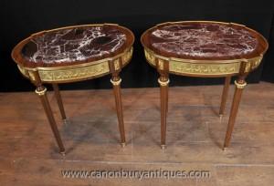 Grandes tables secondaires Empire français ovales Ormolu marbre surmontée