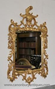 Sculpté à la main en anglais rococo doré Pier Miroir Johnson