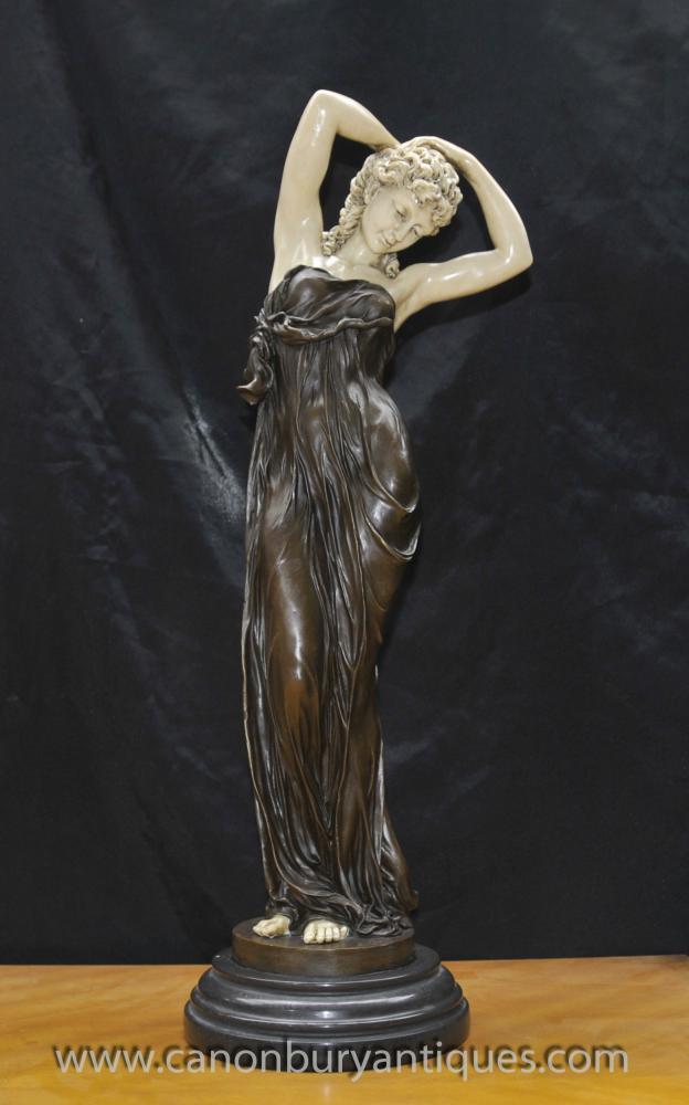 Art Deco Bronze Séduisante femme Figurine En Gory