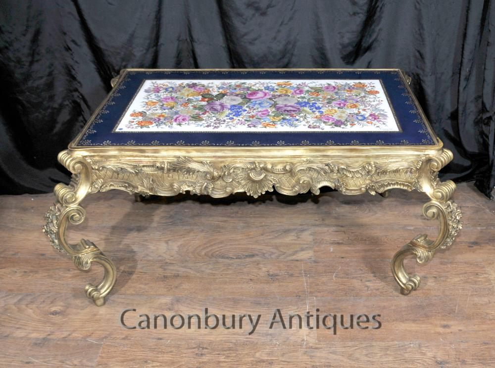 Français porcelaine de Sèvres Coffee Table Ormolu Louis XVI