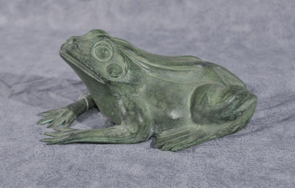 Petit Bronze Frog Fountain Water Garden Feature Toad