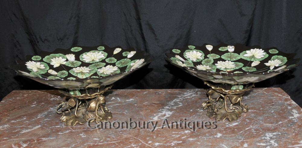 Paire Art Nouveau français Plaques Compotiers Ormolu Frog base