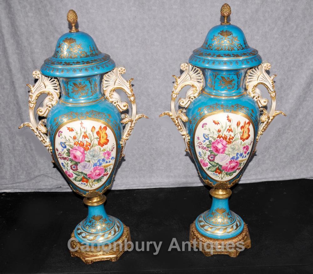 Paire XL porcelaine de Dresde Floral Urnes Vases Cyan Bleu
