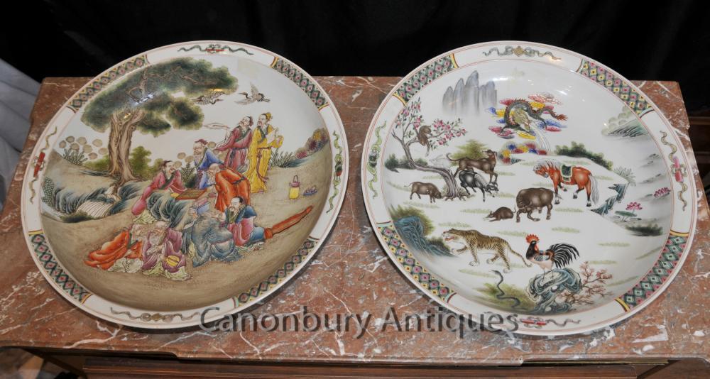 Paire chinois Qianlong des assiettes en porcelaine de Canton Plaques Poterie de cantonais