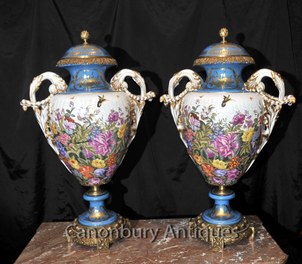 Paire de porcelaine de Sèvres tropicales Amphora Vases Urnes Cyan Bleu