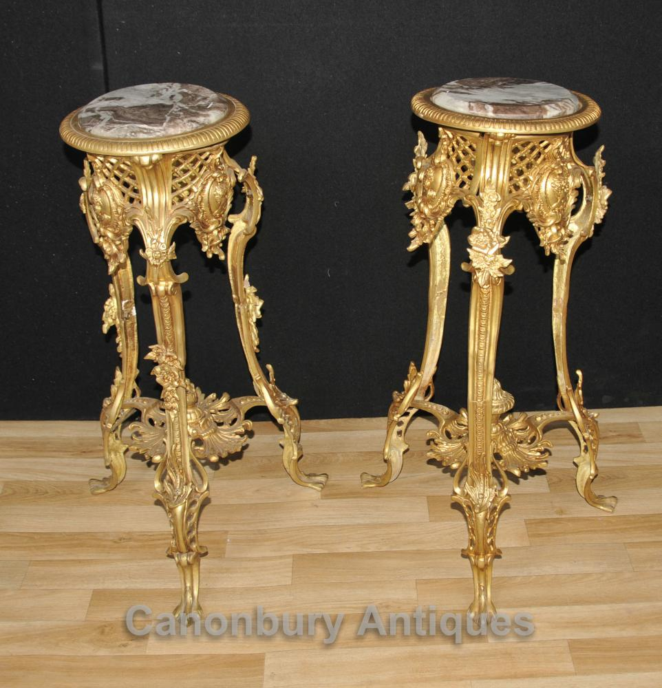 Paire Louis XVI Ormolu support de table Tables Meubles
