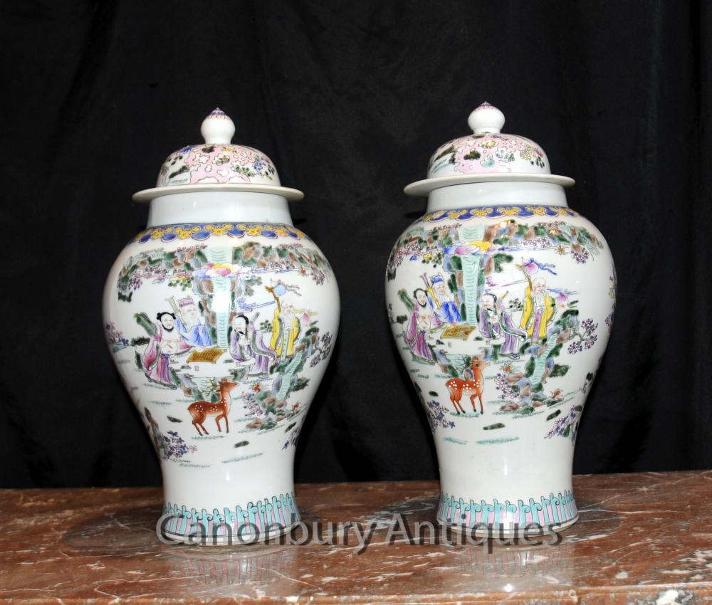 Paire chinoise Celadon Porcelaine Ginger Jars Lidded Urnes Vases