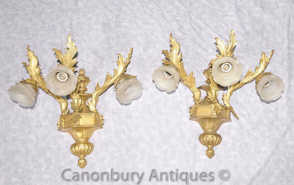 Paire Empire Rococo Sconces Appliques Ormolu Candélabres