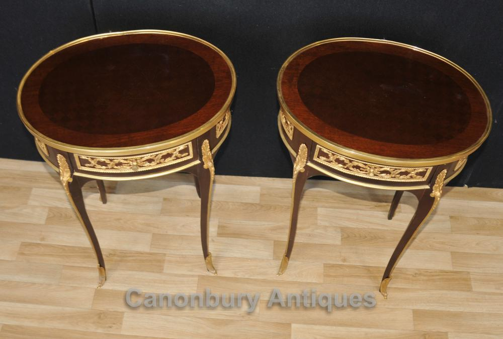 Paire française Empire Oval Side Tables Cocktail Table Marqueterie Inlay